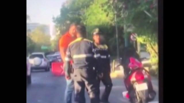 Foto: La Secretaría de Seguridad Ciudadana de la CDMX investiga a dos policías por dar un cabezazo a un civil, marzo 31 de 2019 (Noticieros Televisa)