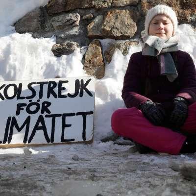 Nominan al Nobel de la Paz a adolescente en huelga contra el cambio climático