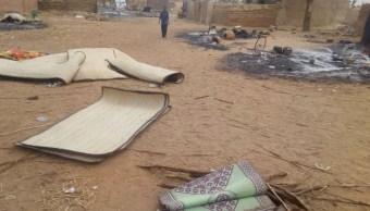 Foto: Hombres armados matan al menos a 135 personas en una masacre étnica en una aldea en Malí, marzo 24 de 2019 (Twitter: @buzzzbry)
