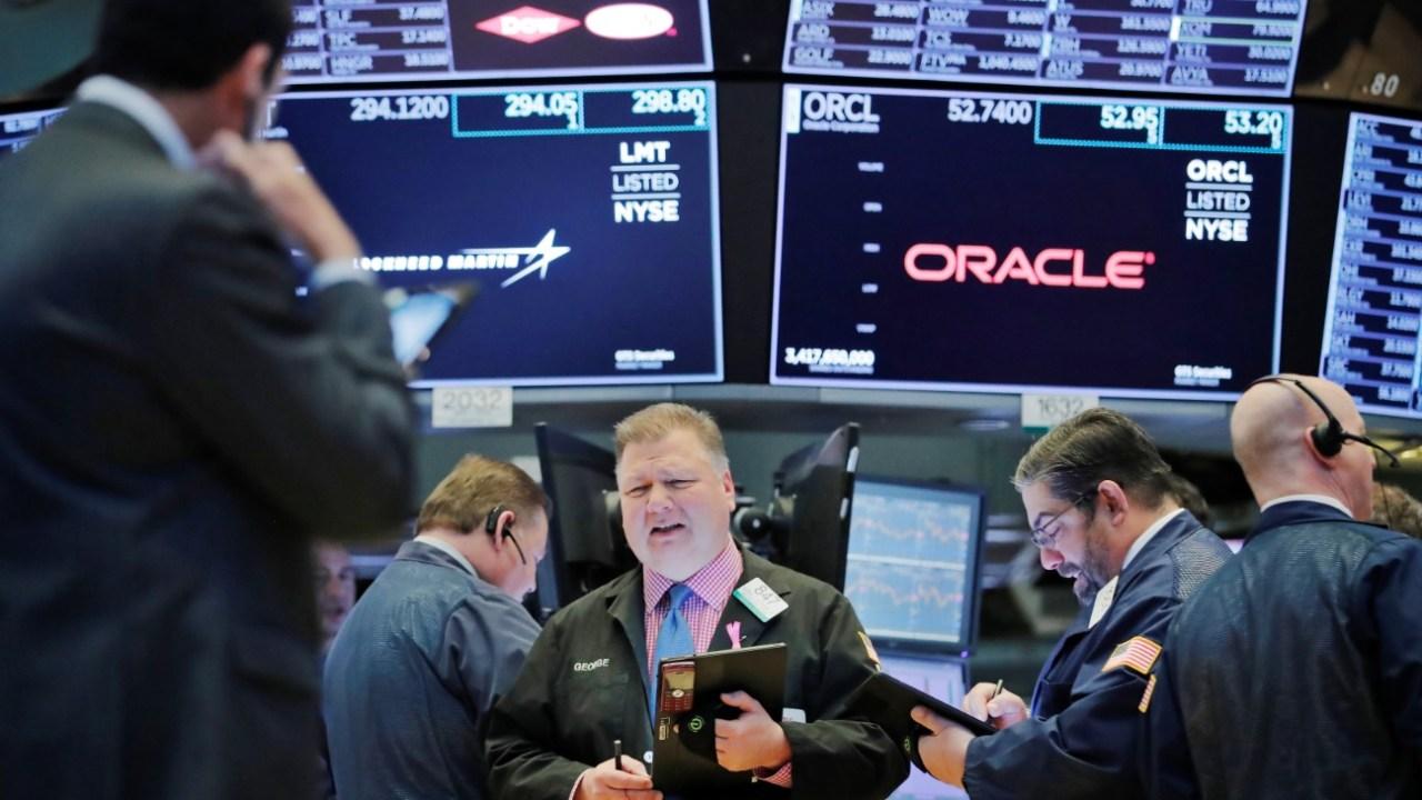Foto: Los comerciantes trabajan en el piso de la Bolsa de Nueva York (NYSE) poco después de la campana de apertura en Nueva York, marzo 26 de 2019 (Reuters)