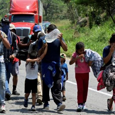 Avanza caravana de cubanos y centroamericanos en Chiapas