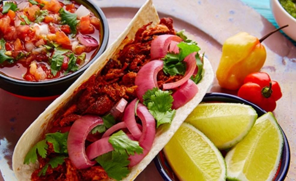 Foto: La cocina regional del estado de Yucatán trasciende fronteras y la cochinita pibil, es la que más fama ha tenido, marzo 23 de 2019 (Foto: mrpavo.mx)