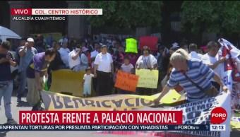 Comerciantes del tianguis de Santa Cruz Meyehualco protestan en CDMX