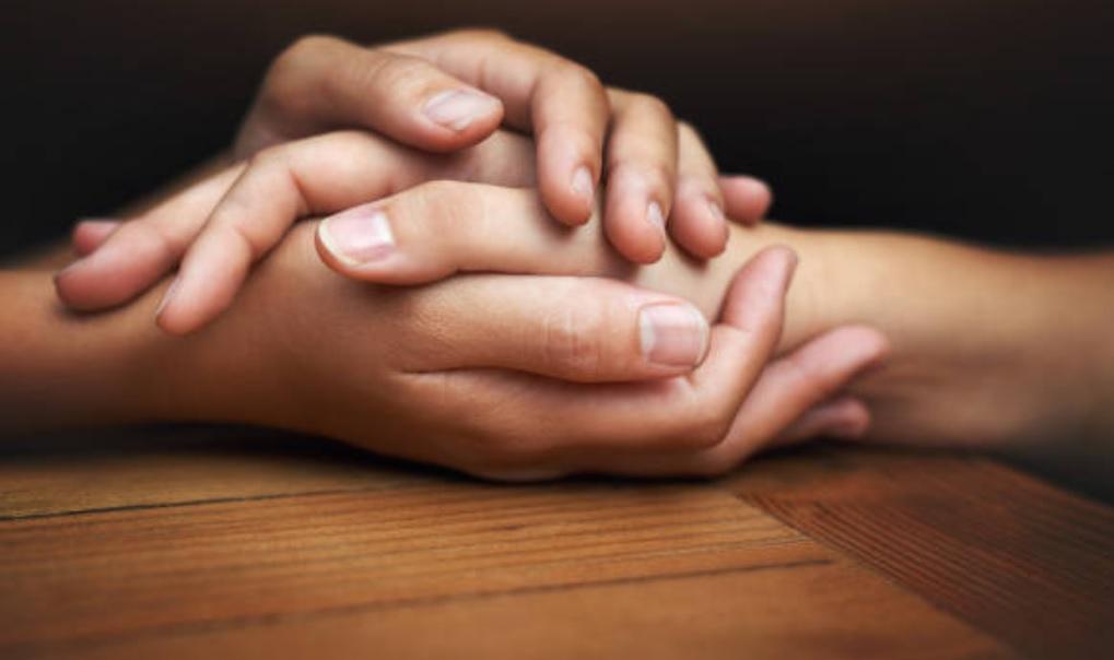 Síndrome del corazón roto: qué es y por qué el cerebro puede tener la culpa