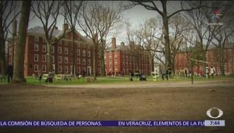 Descubren esquema de sobornos para admisión en universidades de Estados Unidos
