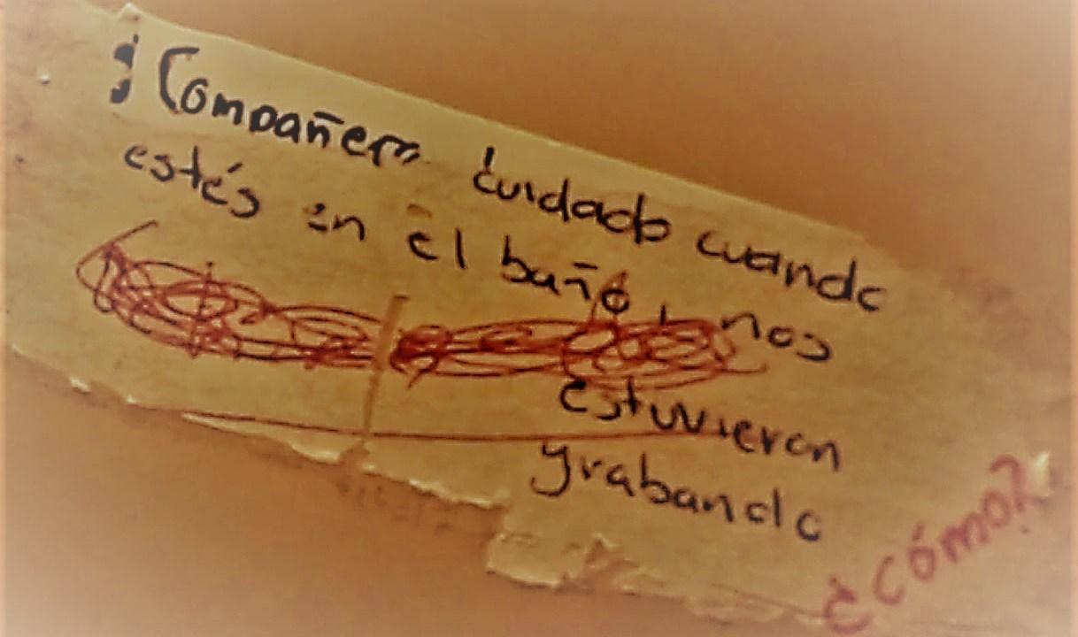 Estudiante narra cómo la grabaron en un baño de la UNAM