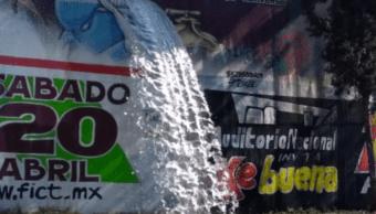 FOTO Se registra fuga de agua en instalaciones de Sacmex, sobre Periférico CDMX S.Servín 7 marzo 2019