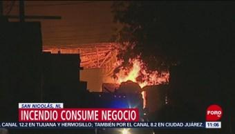Incendio consume negocio en San Nicolás, NL