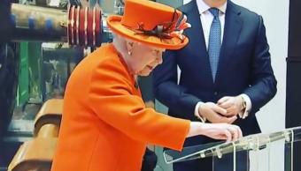 FOTO Isabel II hace debut en Instagram, desde Museo de Ciencia 7 marzo 2019 londres instagram