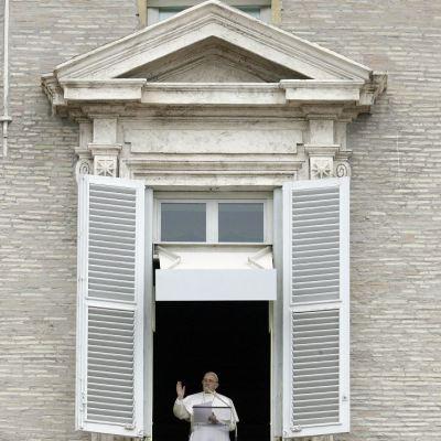 Papa Francisco advierte a católicos que con 'el diablo' no se dialoga