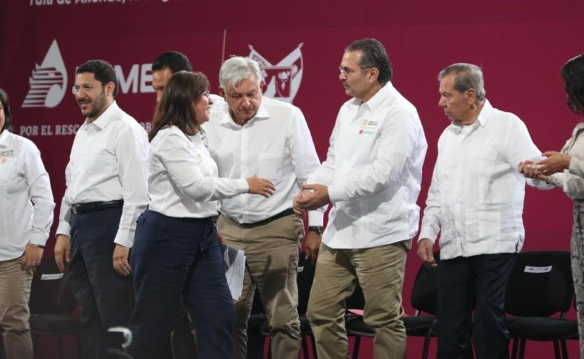 : La secretaria de Energía, Rocío Nahle, con el presidente López Obrador conmemoran el 81 aniversario de la Expropiación petrolera, marzo 18 de 2019 (Twitter: @rocionahle)