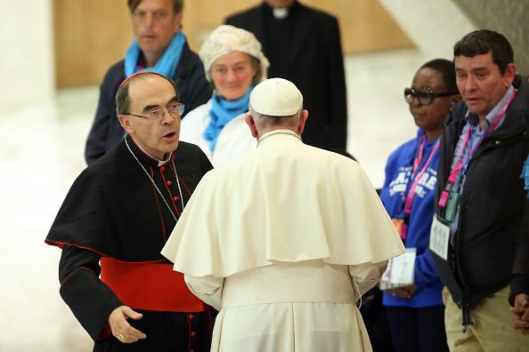 Resultado de imagen para Papa francisco y barbarin