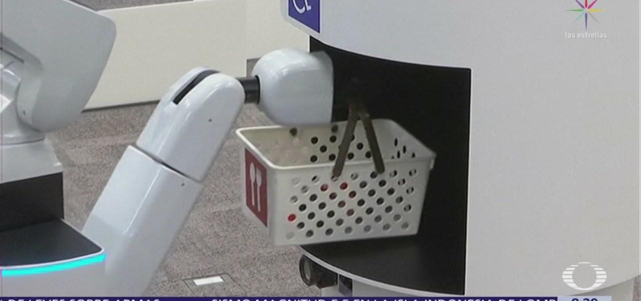 FOTO: Presentan robots asistentes para los Juegos Olímpicos de Tokio 2020, 18 marzo 2019