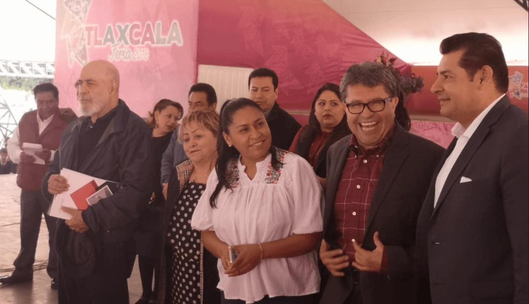 Monreal omite hablar de candidatura de Luis Miguel Barbosa