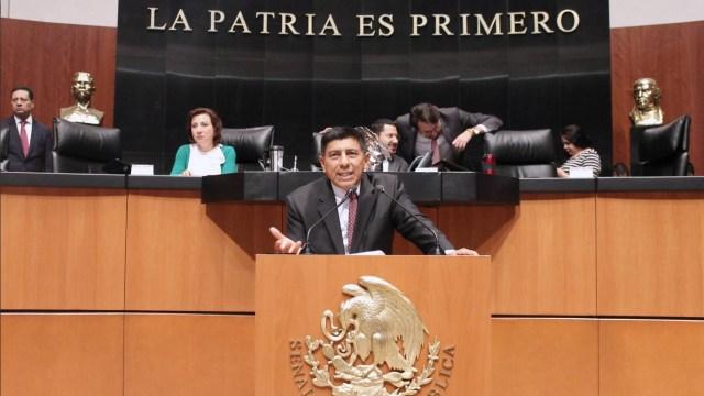 Foto: Salomón Jara, vocero de los senadores de Morena, 1 de marzo de 2019. Twitter @salomonj