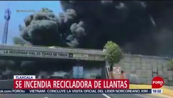 FOTO: Se incendia recicladora de llantas en Tlaxcala, 2 marzo 2019