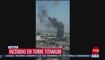 Se registra incendio en Torre Titanium de Puebla