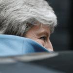 FOTO Theresa May ofrecería renuncia, si legisladores aprueban su acuerdo de Brexit (AP 27 marzo 2019 londres)