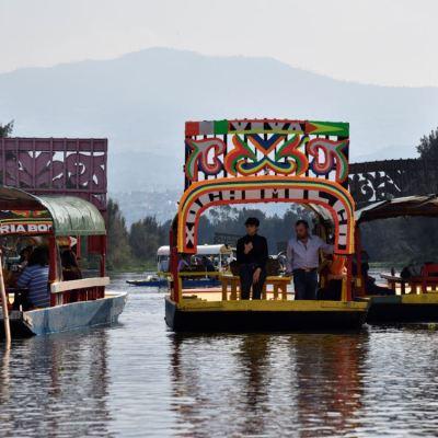 Conoce la historia de las trajineras de Xochimilco