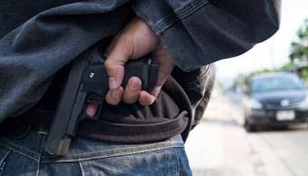 Vecinos golpean a asaltante; roba porque 'no tiene trabajo'