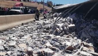 Foto: Volcadura de tráiler con cervezas en Zacatecas , 01 de marzo 2019. (Noticieros Televisa)