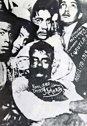 El cadáver de Emiliano Zapata, exhibido en Cuautla, Morelos, 1919. (CC/Wikimedia)