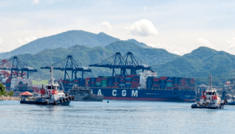 FOTO AMLO anuncia plan para limpiar aduanas, Manzanillo completa (@NColima puerto manzanillo 2019)