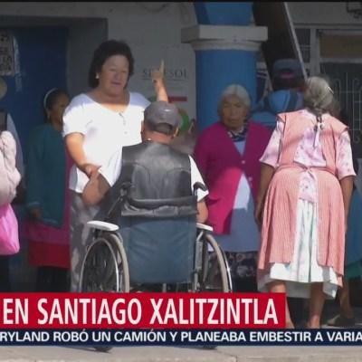 Ancianos de Santiago Xalitzintla bailan sin miedo, pese a la actividad del Popocatépetl