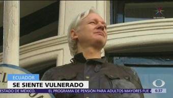 Assange ha violado términos de estancia en embajada de Ecuador