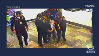 Foto: Autoridades de CDMX piden disculpas por trato a mujer abandonada afuera del Metro