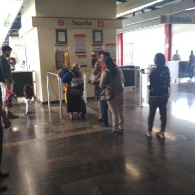 Investigan asalto a taquilla de la estación Cuautitlán del Tren Suburbano