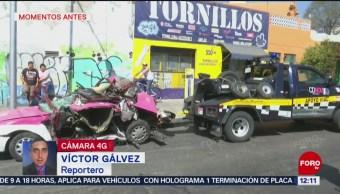 FOTO: Camión embiste a taxi que se encontraba estacionado, en CDMX, 18 ABRIL 2019