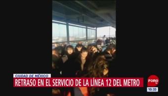 Caos en línea 12 del Metro