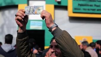 Cotización del dólar hoy 25 de abril, cierra con pérdida