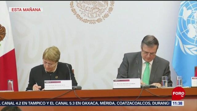 Ebrard y Michelle Bachelet firman acuerdo para comisión del caso Ayotzinapa