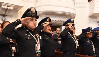 Congreso de CDMX entrega medallas al mérito policial