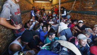 Foto: Un grupo de migrantes viajan en un camión desde Honduras a Estados Unidos. El 17 de enero de 2019