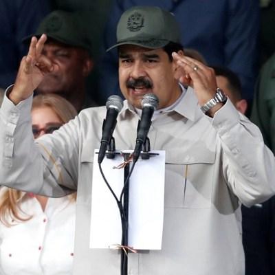 Fuerzas Armadas de Venezuela deben estar más unidas que nunca, dice Maduro