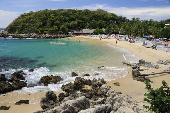 Puerto Escondido se alista para recibir a miles turistas durante Semana Santa