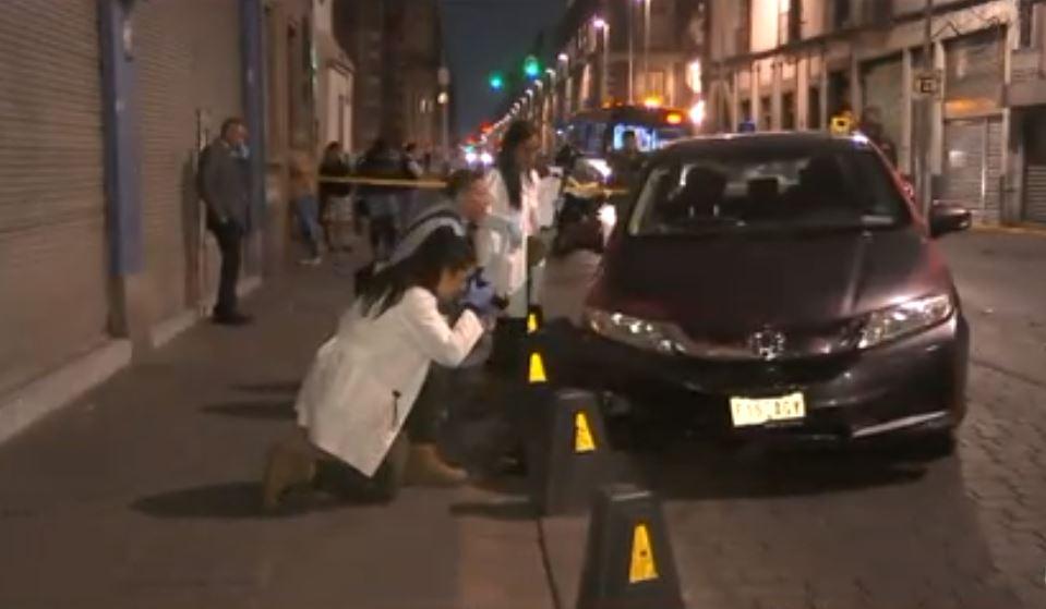 Foto:Asesinan a un hombre sobre la calle Belisario Domínguez, en el Centro Histórico, 5 abril 2019