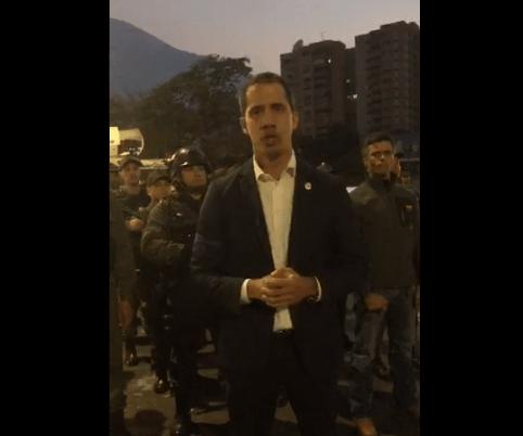 FOTO Juan Guaidó convoca a venezolanos a las calles contra Nicolás Maduro (Twitter @jguaido 30 abril 2019 caracas)