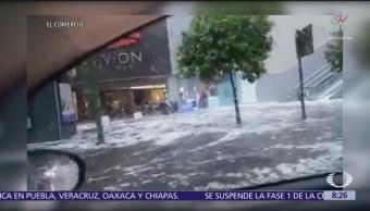 FOTO: Lluvia y granizo impide procesión en Sevilla, 19 ABRIL 2019
