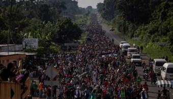 Tres mil migrantes salen de Tapachula y avanzan al norte de México