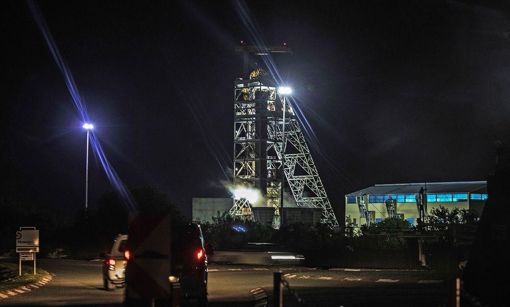 4 mil trabajadores, atrapados en mina de Sudáfrica (Getty archivo)
