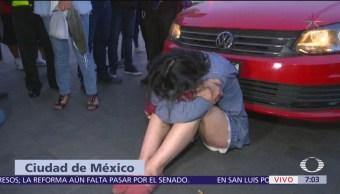 Mujer trata de ingresar a Palacio Nacional con su auto