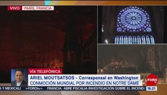 FOTO: Multitud aplaude porque torres de Notre Dame están salvadas
