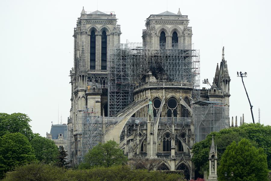 Foto Catedral de Notre Dame tras incendio 16 abril 2019