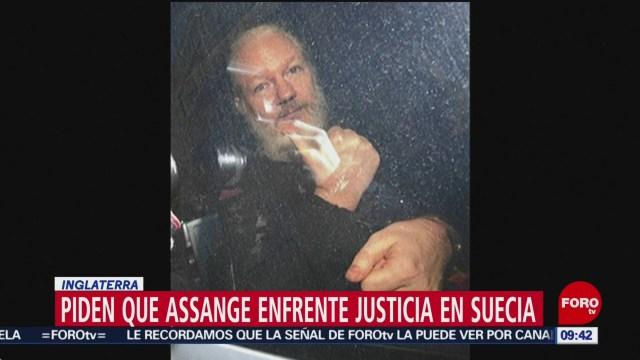 FOTO: Parlamentarios británicos piden extradición de Assange, 13 de abril 2019
