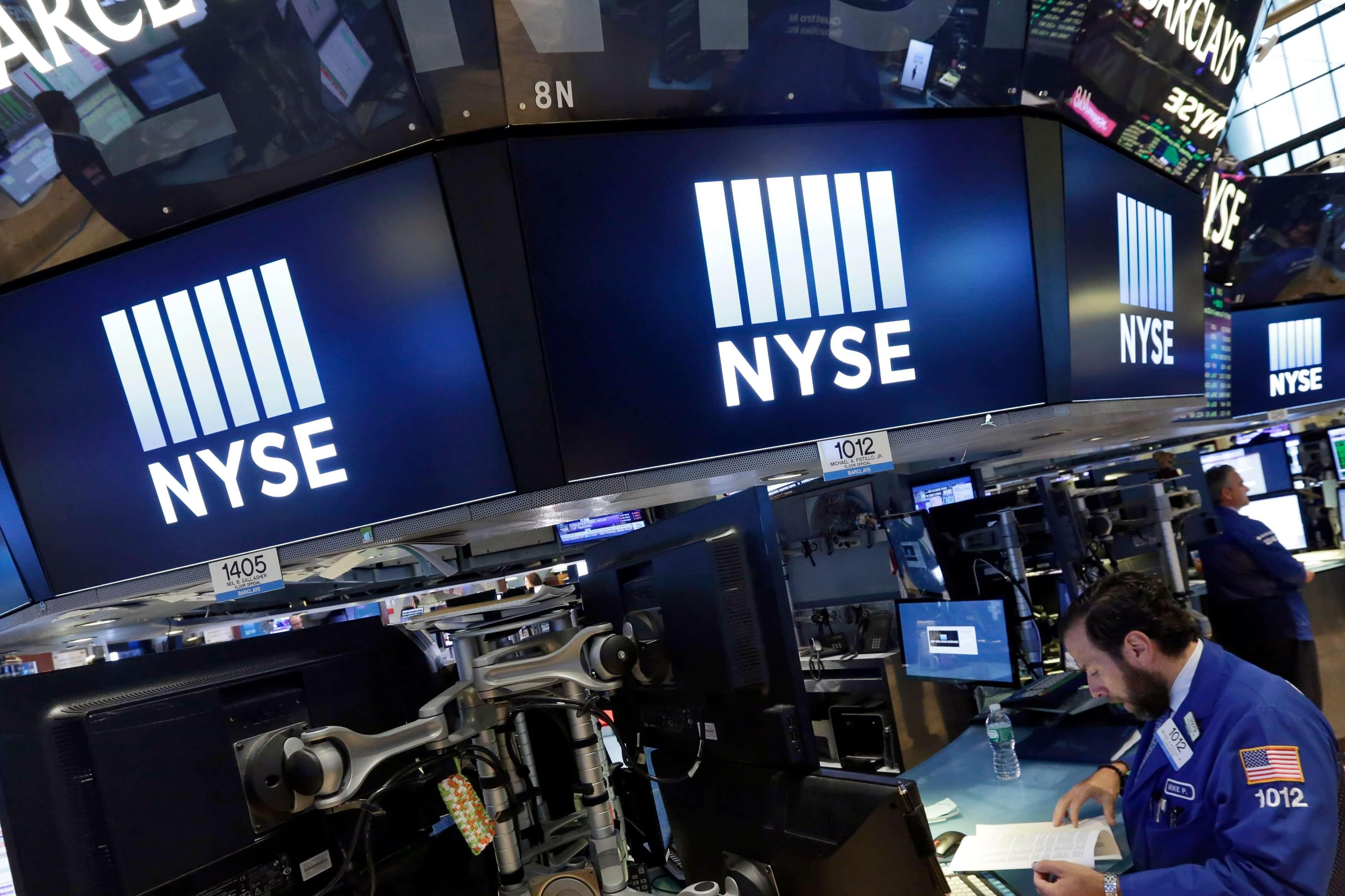 Wall Street cierra mixto; el Dow Jones sube y el Nasdaq cae