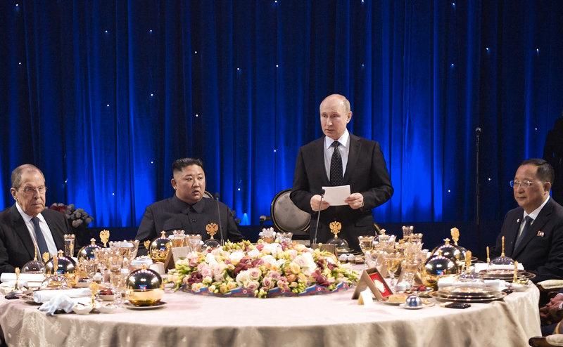 Concluyen conversaciones entre Rusia y Corea del Norte en Vladivostok